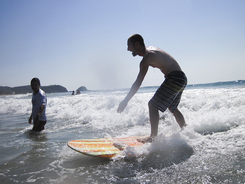 Surfing Playa Zipolite