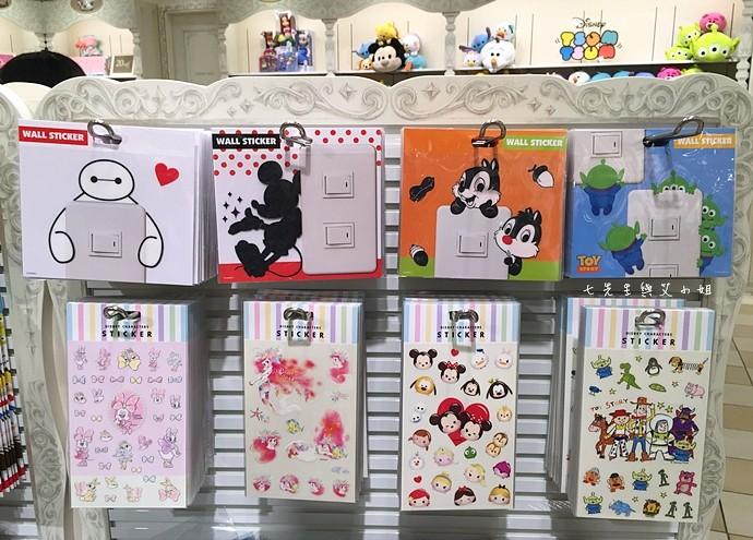 27 日本東京購物原宿白色迪士尼Disney Store