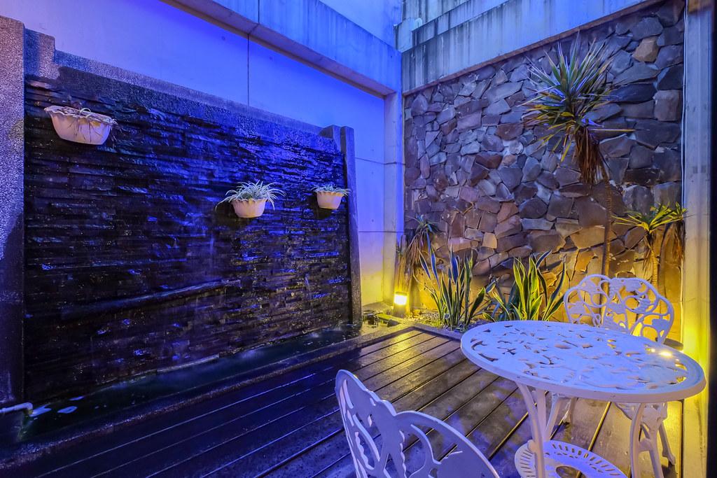 台南平價休息推薦‧房型多變又舒服的媜13汽車旅館_房型110 (9)
