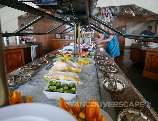 Hapuna Beach Prince/Ocean Terrace buffet