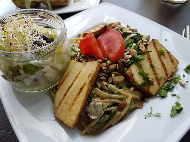 Mat på Vege Miastro