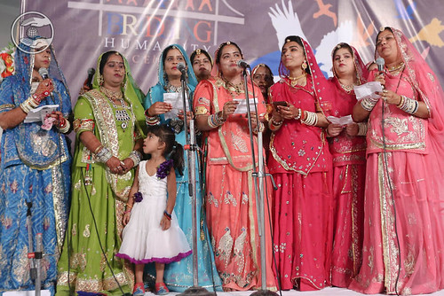 Welcome song by Pramila and Saathi from Jodhpur