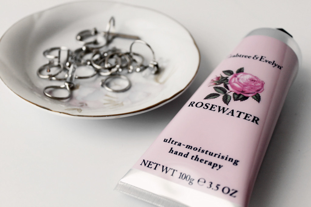 2244-rosewater-crabtree-evelyn