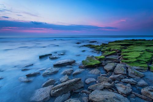 longexposure sunrise sony northcarolina coastal fortfisher kurebeach 2016 landscapephotography canonef1740f4l coquinarocks leefoundationkit lee3stopnd travisrhoadsphotography copyright2016 sonya7r2ilce7rm2 metabonesivt