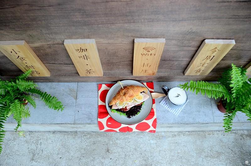 小空間板橋早午餐咖啡廳不限時推薦小倉庫菜單時間新埔 (2)