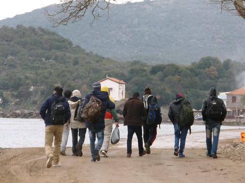 Nos vamos a Atenas como voluntarios a ayudar con el tema de refugiados