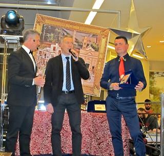 al centro Ivan Bonora (Responsabile Galleria Auchan) a destra Raffaello Magnifico