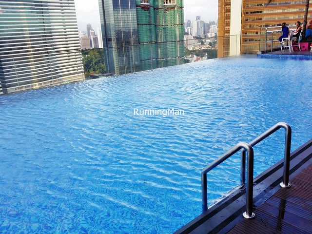 Aloft Hotel 05 - Swimming Pool
