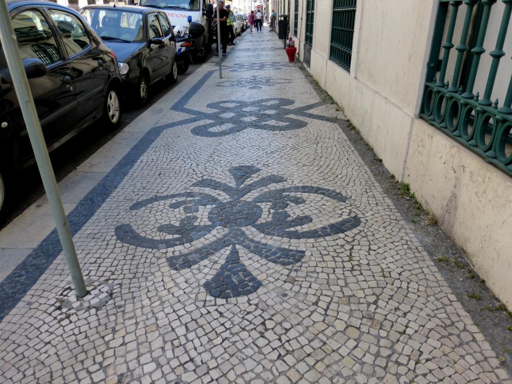 Different Tiles in Each Neighborhood