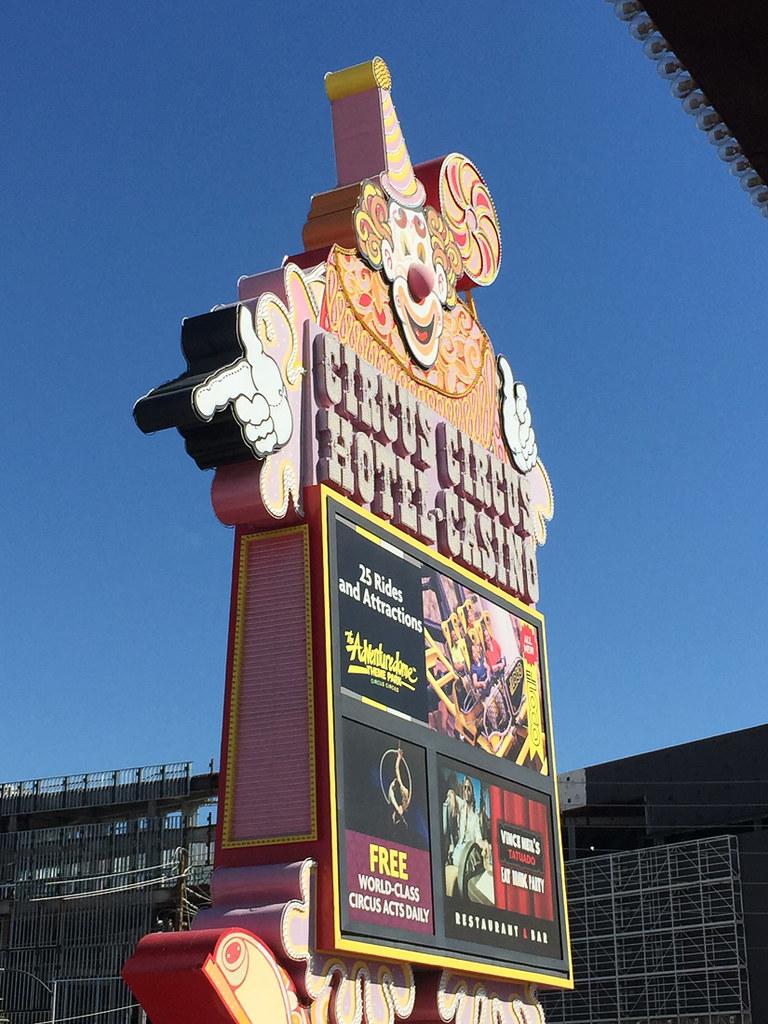 Circus Circus entrance