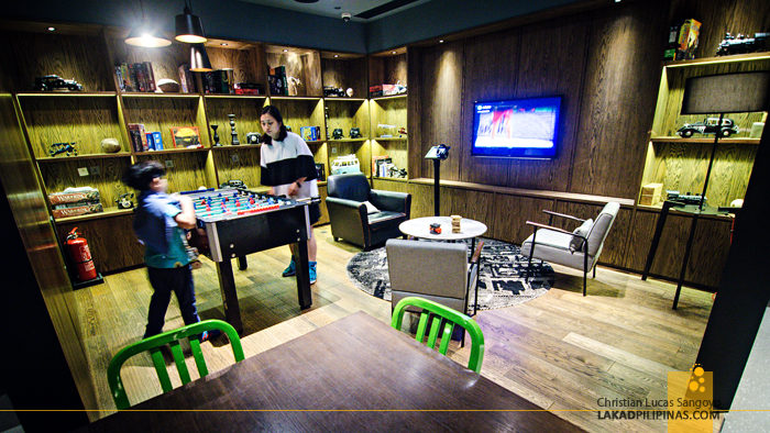 Pentahotel Hong Kong Game Room
