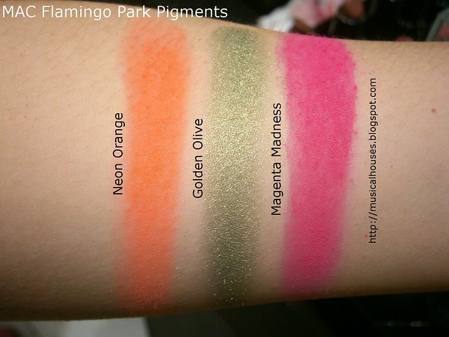 MAC Flamingo Park Swatches Pigments
