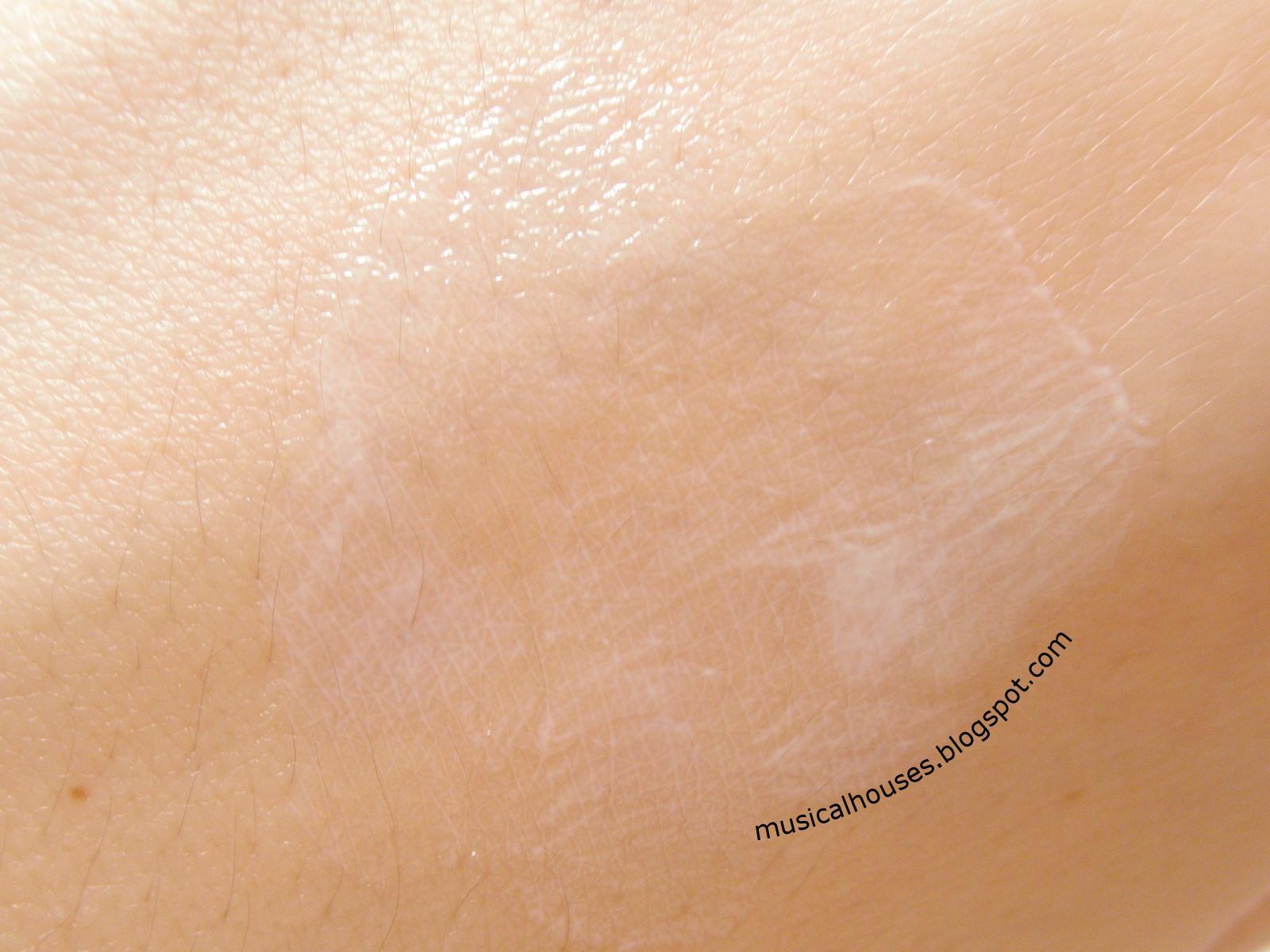 Labo Labo Super Moist 5H5C Dr Ci Labo UV Cream Sunscreen