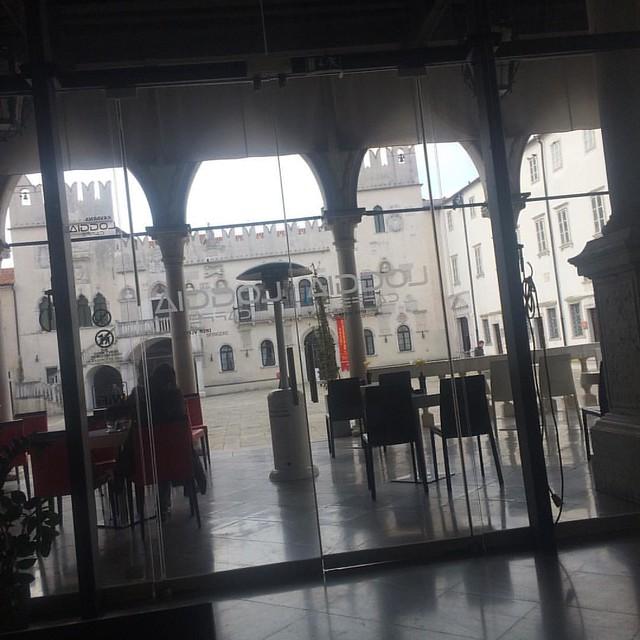 Cafe Loggia, Koper eins der schönsten Cafes in Slowenien #slovenia #igersslovenia #cafeloggia #slowenien #travelgram #travelblog #foodieontour #foodieunterwegs #austrianblogger