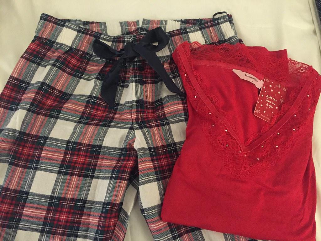 Pyjamas  shopping från Hunkemöller