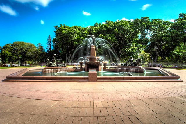 Hyde park fountain : HDR