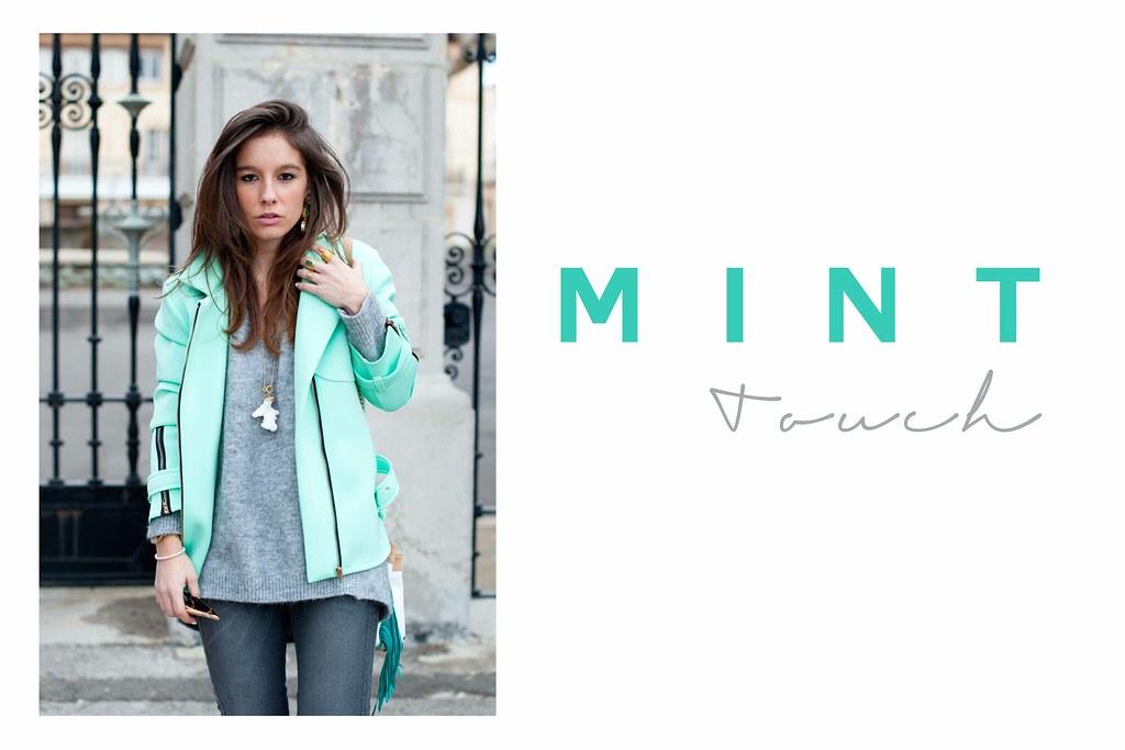 01_mint_coat_theguestgirl