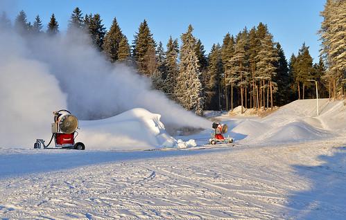 winter snow cold nature weather suomi finland landscape nikon frost talvi maisema luonto nikond3200 snowgun sää pakkanen loppiainen d3200 lumitykki lumetus keinolumi