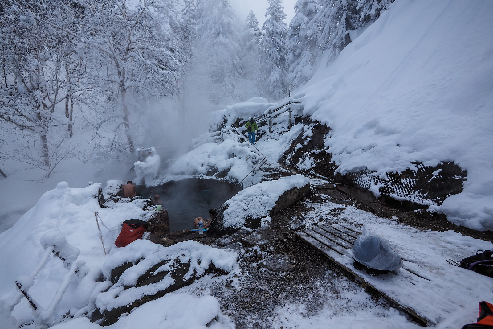 Fukiage natural free onsen in the Tokachi mountain range (Hokkaido, Japan)