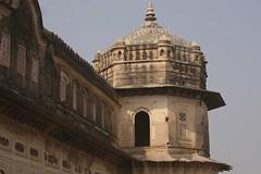 11.23.33: Laxmi Narayan Mandir, Orchha