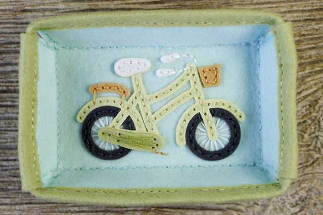 Stitched Bicycle on Stitched Rectangle Tray by Papertrey Ink