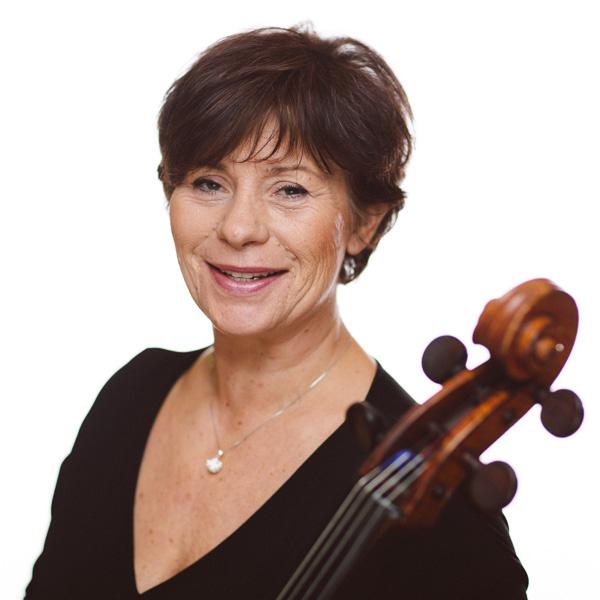 Martina Gerhard