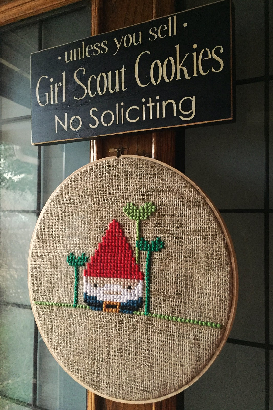 Gnome Door Decor