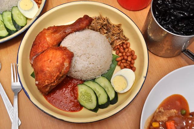 铁皮屋 Iron House Cafe Seri Kembangan 6