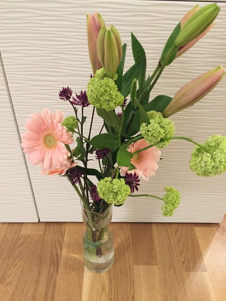 Avtackad från styrelsen - blommor