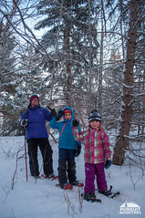 Family snowshoe