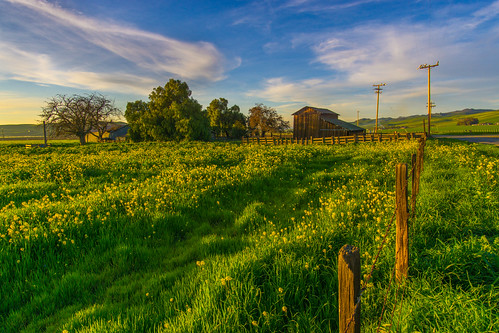 sunset clouds rural fence sanbenitocounty johnsmithroad santaanavalleyroad rokinon12mm renerodriguezphotography