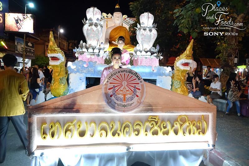 chiang mai loy krathong celebration day 1 parade large girl