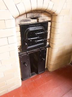 Castle baking oven
