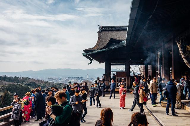 Kyoto_Kiyomizu-temple_09