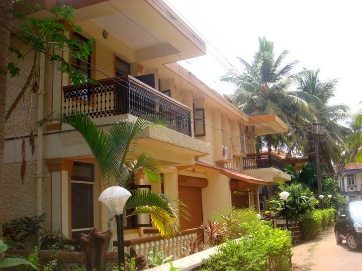 Beach Side 3 BHK Villa with Breakfast at Baga (Ref:10619)
