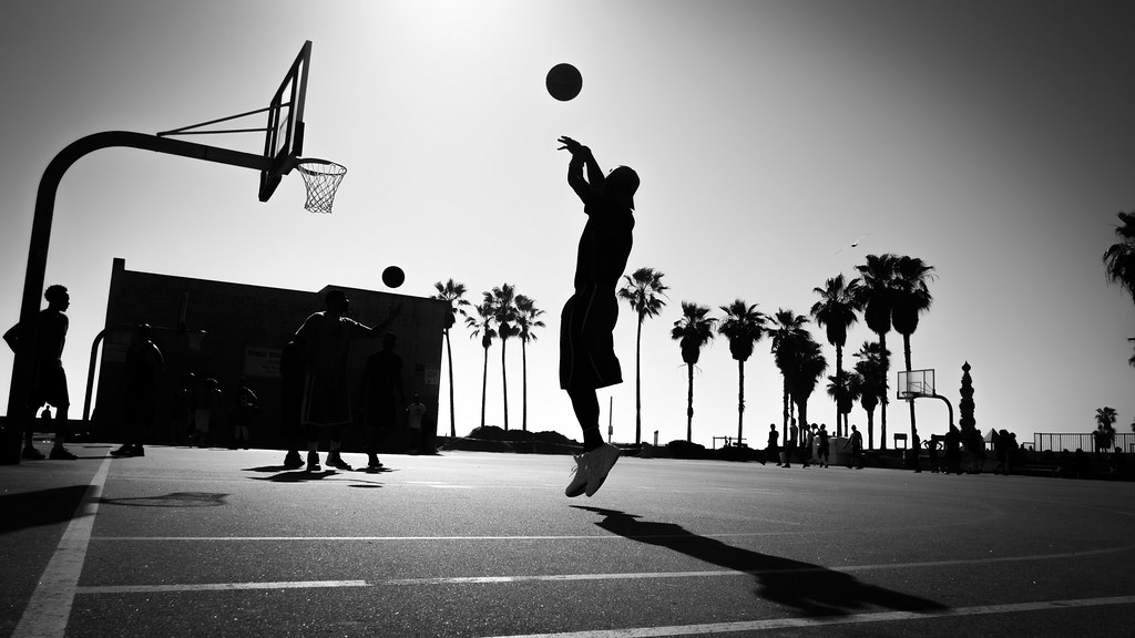The shot - Los Angeles, United States - Black and white street photography