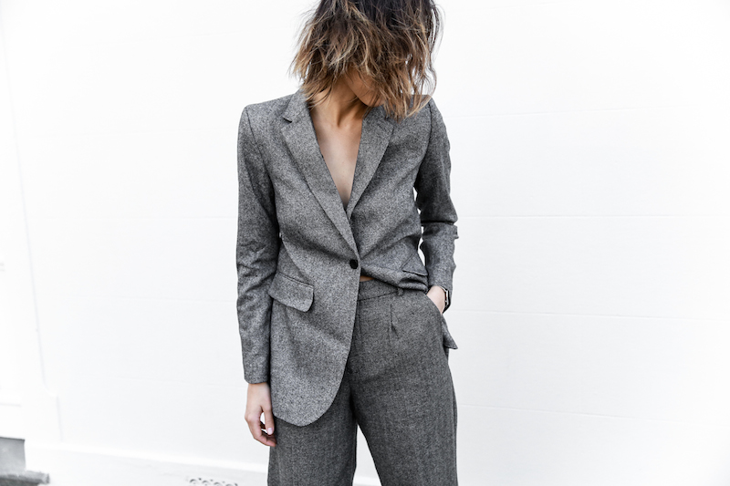 all grey suit Gucci horsebit loafer Proenza Schouler PS11 street style fashion blogger modern legacy Witchery  (9 of 11)