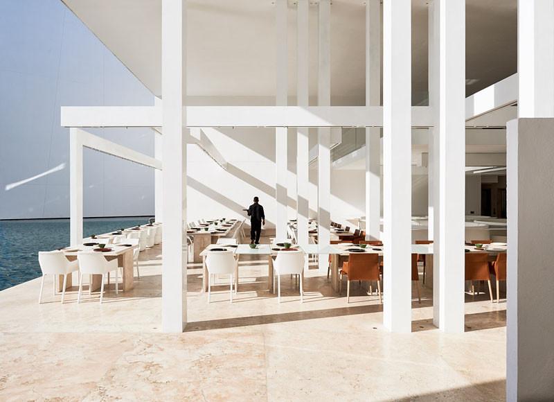 minimalist-hotel-mexico_130413_11-800x580
