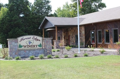 Forest_Edge_Winery
