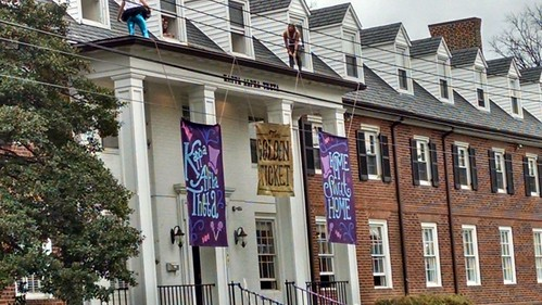 Greek Bid Day