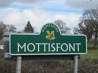 Entering the Mottisfont Estate