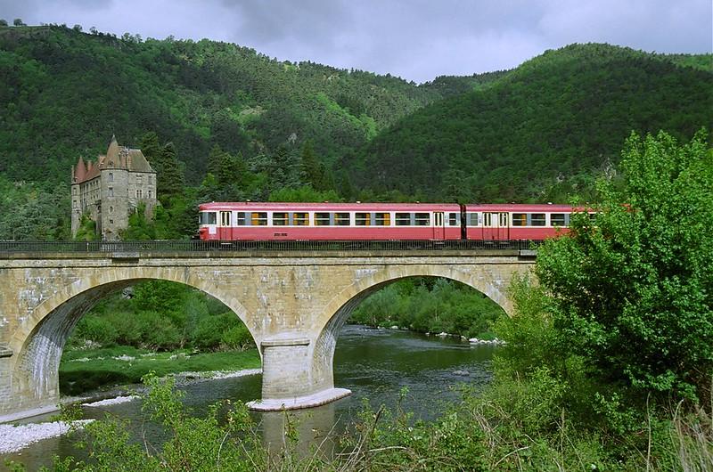 SNCF X4691+8688 Chateau De Lavoûte-Polignac