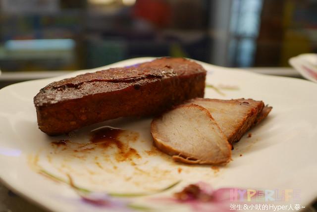 26146179224 743803a2f4 z - 【熱血採訪】超有料的逢甲異國美食→越式法國麵包←,正宗越式原料加上新鮮食材好滋味!多種口味可選擇鹹甜都有就在逢甲歡樂星裡面喔~
