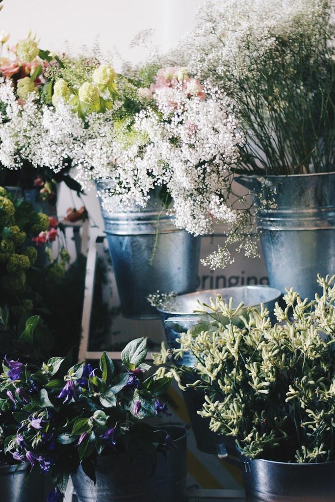 Mint&berry flower market lois Opoku lisforlois