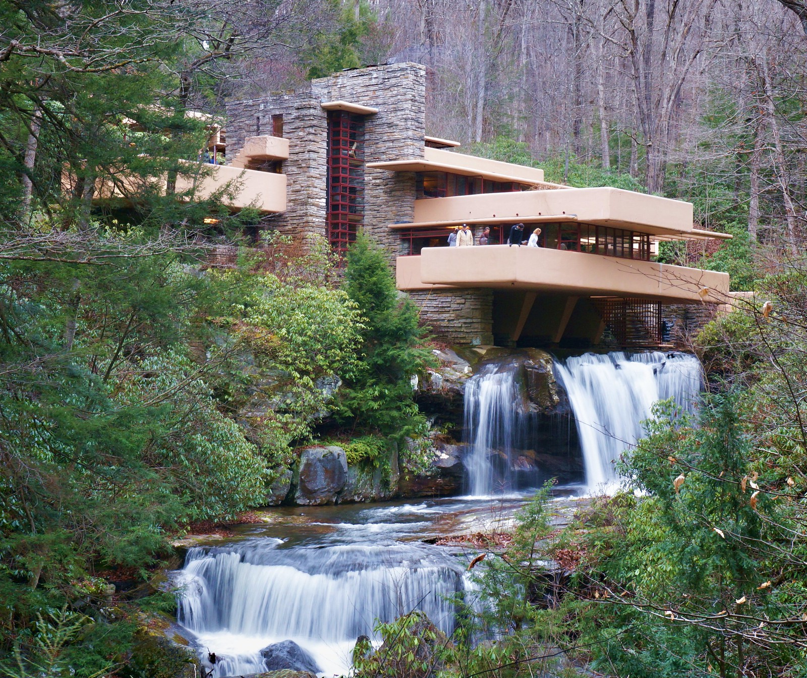 fallingwater house pennsylvania 1600x1344 architectureporn. Black Bedroom Furniture Sets. Home Design Ideas