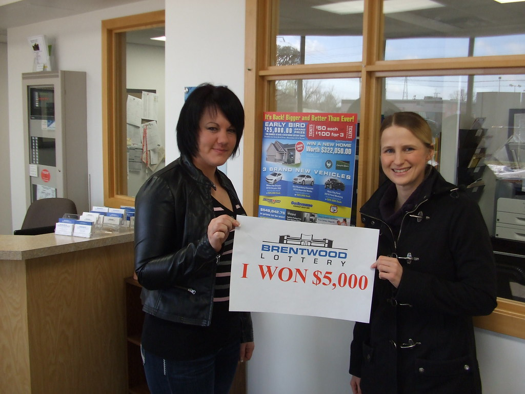 Terri-Lynn Smith (left) and Whitney Pugsley (right) won $5,000 in the Brentwood Lottery  XXIV draw.