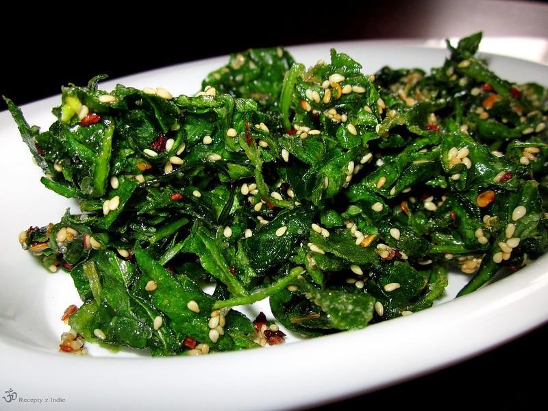 Chrumkavy spenat, Crackling spinach