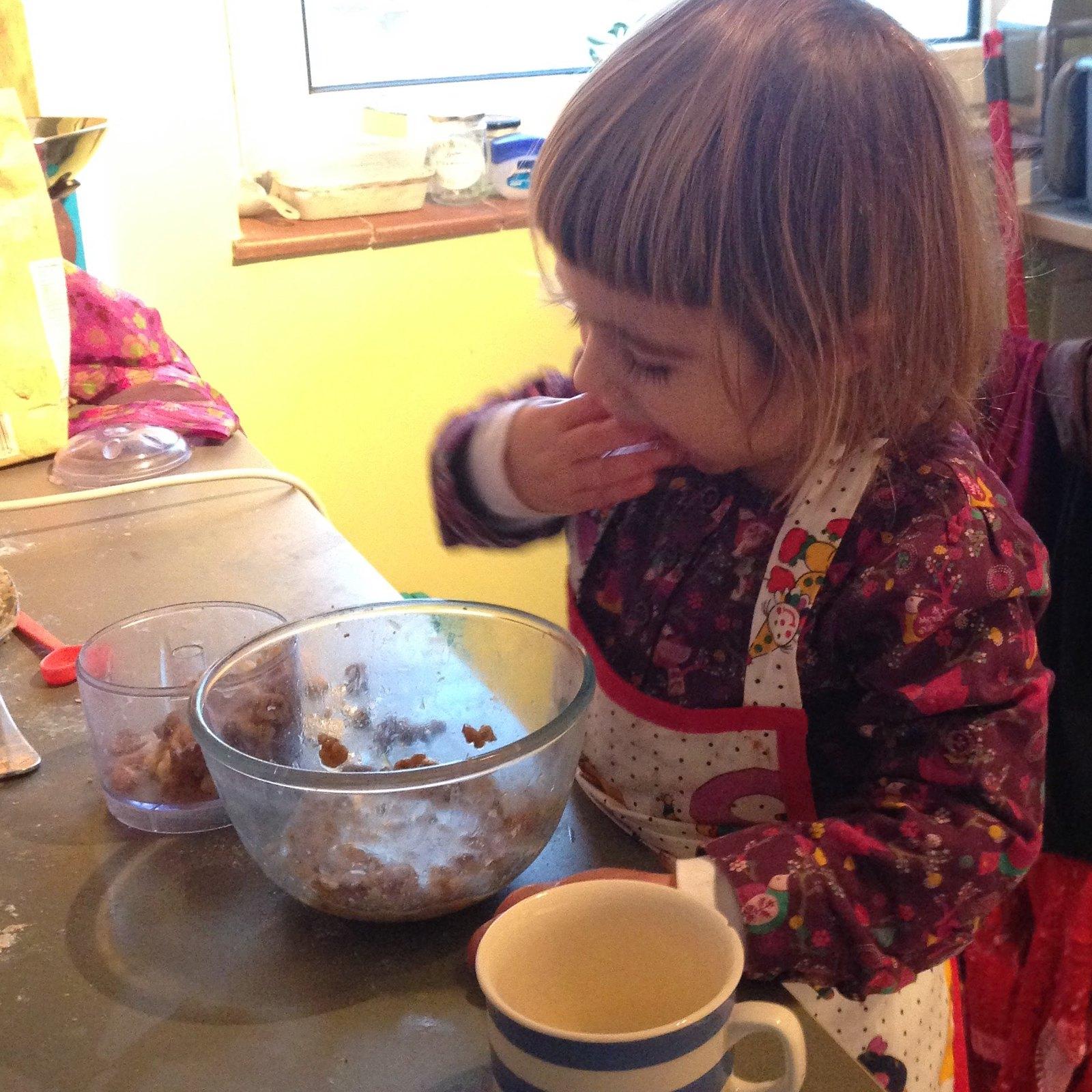 Spelt walnut and fig bread 1