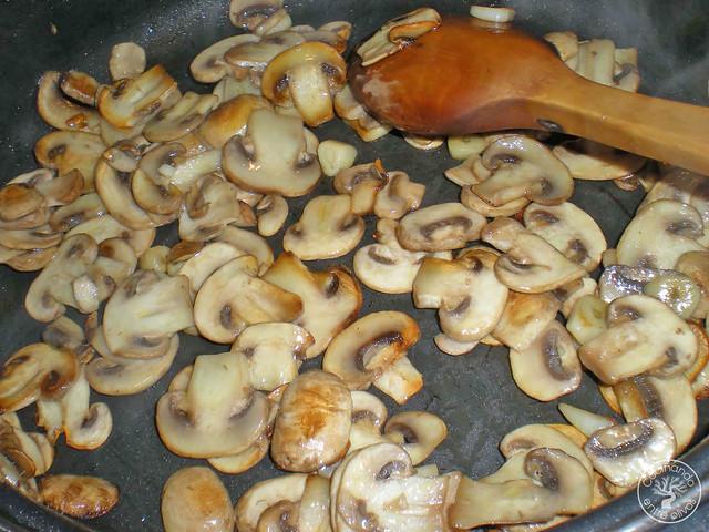 Guiso de sepia con guisantes y champiñones (7)