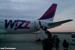 HA-LWA - 4223 - Wizzair - Airbus A320-232 - Katowice, Silesian, Poland - Steven Gray - IMG_20151011_175011